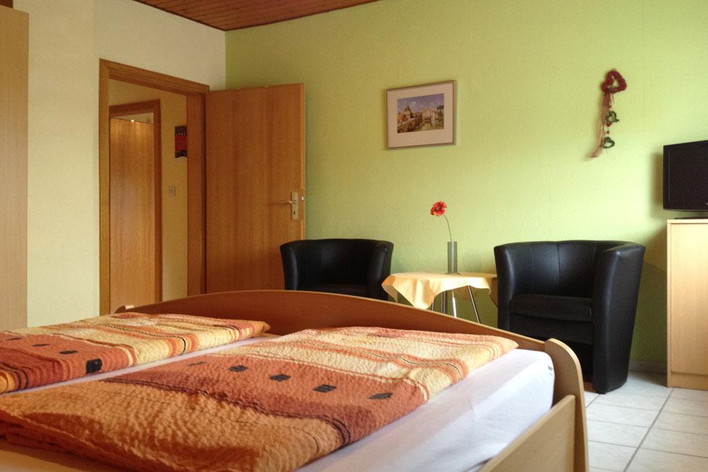 Schiefergold Schlafzimmer